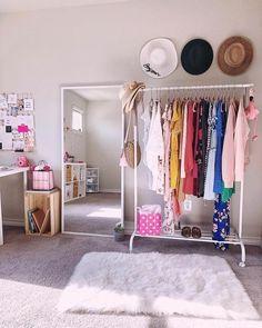 Teen Room Decor, Room Ideas Bedroom, Small Room Bedroom, Home Decor Bedroom, Pinterest Room Decor, Dressing Room Design, Cute Home Decor, Home Room Design, Cozy Room