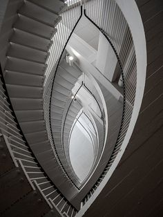 amazing staircases in Ravintola Porthania in Helsinki, Finland (3)