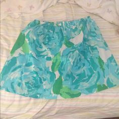 Lilly Pulitzer First Impressions skirt size L Bought from etsy, made with LP fabric. gorgeous skirt that I just don't wear enough to keep :(. Fits like a large, i'm a size 12 usually and it fits for reference Lilly Pulitzer Skirts Mini