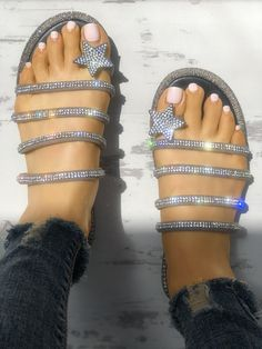 We're borderline obsessed with this ultra cool glittery sandals - definitely one of our new favorites! This is a star, thong, , sandals. This flat sandals is made from leather/pu Toe Ring Sandals, Sexy Sandals, Sandals Outfit, Cute Sandals, Open Toe Sandals, Flat Sandals, Flats, Women Sandals, Shoes Women