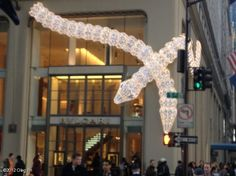 Interesting Snake Illumination on BVLGARI Building #Christmas #Holiday #NewYork