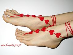 barefoot sandals. I neeeed these. I cannot stand shoes or socks and could live in flip flops or barefoot!