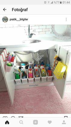 Chronenie vescei Apartment Kitchen Organization, Closet Organisation, Kitchen Storage Hacks, Laundry Room Storage, Kitchen Cabinet Organization, Home Decor Kitchen, Kitchen Interior, Laundry Room Remodel, Hallway Storage