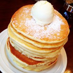 10-stacks of pancakes!! Huge calories... (´Д` )
