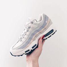 detailed look e8f23 19bb6   C r y s t a l   Zapatos Blancos, Modelos De Zapatillas, Zapatillas Nike,  Tenis,