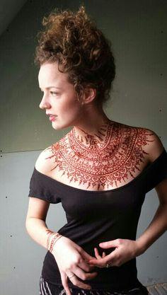 Henna ink chest
