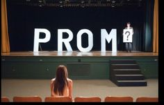 This is a really cute way of getting asked to prom!