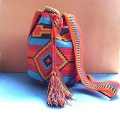 Hand woven Wayuu tribe mochila / shoulder bag