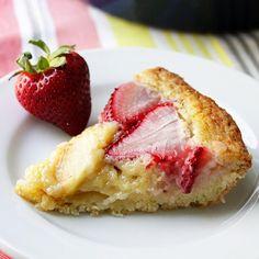 Strawberry Apple Torte by two-tarts.com #Torte #Strawberry #Apple #two_tarts