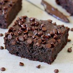 Desserts Archives - Page 3 of 9 - Elavegan Fudgy Brownie Recipe, Vegan Brownie, Brownie Recipes, Healthy Chocolate Desserts, Dairy Free Chocolate, Vegan Chocolate, Chocolate Cake, Gluten Free Desserts, Vegan Desserts