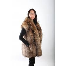 I love Fur and Ladies in Fur Fabulous Fox, Fall Lookbook, Racoon, Fox Fur, Mantel, Clothes For Women, Lady, Furs, Jackets