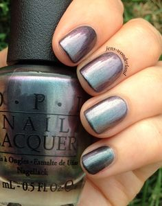 *Products purchased by me.      Color: Steel shimmer with purple and teal multichrome     Application: Easy to work with       Number of co...