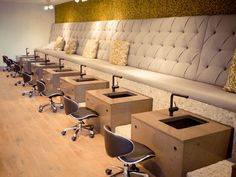The newest chic and cheap nail salon to arrive in Old Town Scottsdale is terés, a nail bar where you can add on luxurious and therapeutic treatments. Check out the Grand Opening this Thursday, April Nail Salon Design, Nail Salon Decor, Beauty Salon Design, Beauty Bar, Spa Interior, Salon Interior Design, Schönheitssalon Design, Spa Pedicure Chairs, Pedicure Bowls