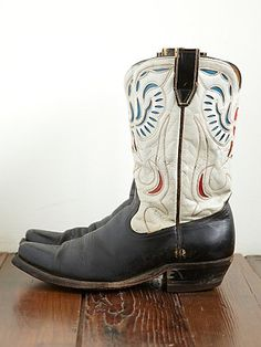 Vintage 1950s Eagle Design Acme Western Boot. Sweet Boots.