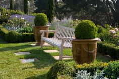 Paul Bangay, Mornington Peninsula 1. love the design around the bench seat - definitely going to borrow this concept