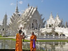 The spectacular White Temple in northern Thailand that depicts heaven and hell in a (freaky) contemporary way. On the my blog this week, I talk about why Thailand is like a balm for cubicle-weary souls.