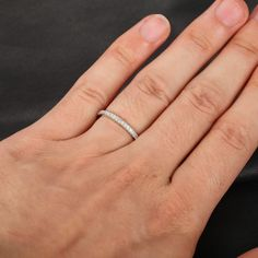 So dainty and sparkly!