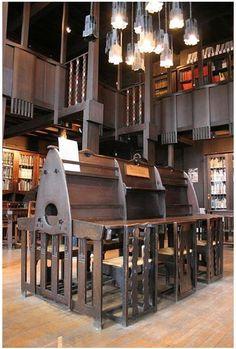Charles Rennie Mackintosh (1868-1928) - Glasgow School of Art Library. Glasgow, Scotland.