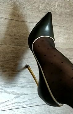Extreme High Heels, Sexy High Heels, Womens High Heels, Black Heels, Pantyhose Heels, Stockings Heels, Pictures Of High Heels, Shoe Selfie, Sexy Toes