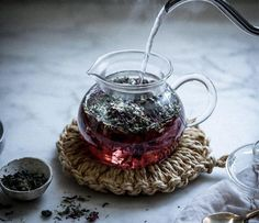 Herbalism for Pregnancy + Moon Mother Elixer: Ginger Kombucha+Rose+Hibiscus Herbal Infusion - Local Milk Arte Bar, Local Milk, My Cup Of Tea, Tea Recipes, High Tea, Afternoon Tea, Tea Time, Tea Party, Herbalism