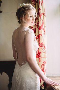 Rosemary low back wedding dress from Romantique by Claire Pettibone, Photo: Jade Osborne