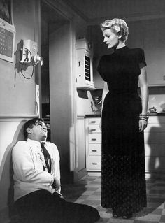 Rita Hayworth and Ted de Corsia in The Lady from Shanghai (1947)