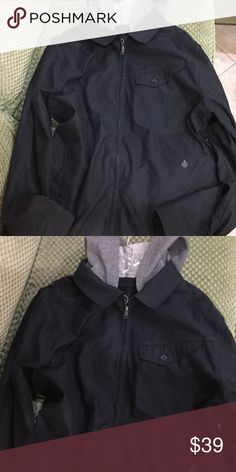 Volcom Black Warren Jacket BRAND NEW. This twill zip-up jacket takes street style to the next level with a contrast fleece hood. Garage style jacket features a zip front and deep front pockets. Great for wind and rain. Free gift with purchase. Volcom Jackets & Coats