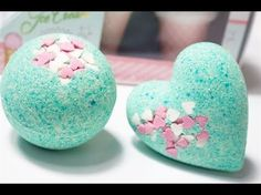 Video: How to Make Bath Bombs – Women of Today Crafts For Teens, Diy And Crafts, Diy Cadeau, Lush Bath Bombs, Craft Wedding, Craft Videos, Craft Gifts, Diy Beauty, Paper Flowers