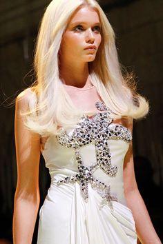 Abbey Lee Kershaw, Versace S/S 2012, Milan Fashion Week  Source: aclockworkpink