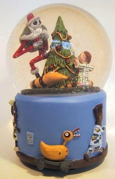 Disney Santa Jack Snowglobe (for mimi and heather)
