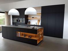 50 black kitchen design ideas with white color accent cozinha planejada gra Black Kitchen Cabinets, Kitchen Cabinet Design, Modern Kitchen Design, Interior Design Kitchen, Island Kitchen, Kitchen Contemporary, Kitchen Hardware, Interior Modern, White Cabinets