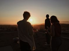 Remus Lupin, Alice Fortescue and Frank Longbottom watching the sunset. Taken by Sirius Black Summer Circa 1976 Gwendolyn Christie, Geek House, Satoshi Pokemon, Speaking Latin, Blue Sargent, Photographie Portrait Inspiration, Drarry, The Marauders, Teenage Dream