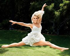 The 20-Minute Workout That'll Help You Get a Dancer's Body - You'll love this strength-training workout from Julianne Hough's trainer.