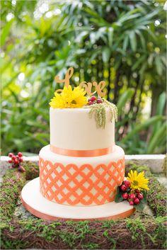 orange and white cake   patterned wedding cake   floral cake topper   60s inspired cake   #weddingchicks
