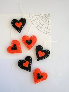 Halloween gift tags felt hearts decoration by FishesMakeWishesHome