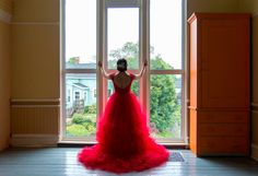 Red wedding dress Red Wedding Dresses, Prom Dresses, Formal Dresses, Bridal, Ideas, Fashion, Red Wedding Gowns, Moda, Formal Gowns