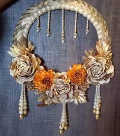 Diwali Decoration Items, Diya Decoration Ideas, Handmade Decorations, Flower Decorations, Diwali Diy, Diwali Craft, Diwali Gifts, Door Hanging Decorations, Wedding Stage Decorations