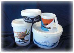 Contenitori robusti e delle forme accattivanti, studiata apposta per i prodotti cosmetici. Ideali per contenere prodotti per capelli, creme, balsami, fanghi, ecc.