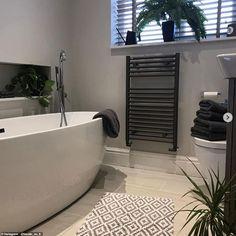 Bathroom Colors Gray, Gray And White Bathroom, Upstairs Bathrooms, Grey Bathrooms, Family Bathroom, Small Bathroom, Shower Bathroom, Master Bathroom, Interior S