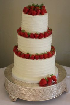 Organic Lines Chocolate Mud Cake covered in White Vanilla Buttercream and decorated with fresh strawberries, English Summertime Wedding Cake
