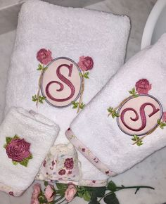 monogrammed towels, towel set, embroidered towel set, personalized towels, personalized  bath towels