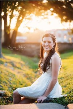 Outdoor, backlit #senior photography by Susan Peck Photography in #Nashville, TN