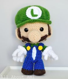 Tutorial for a cute little amigurumi luigi :) by melanie