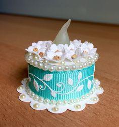 Tea Light Cake (made by Kim) Tea Cakes, Mini Cakes, Tea Light Candles, Tea Lights, Hobbies And Crafts, Crafts To Make, Light Cakes, Candle Craft, Paper Cake