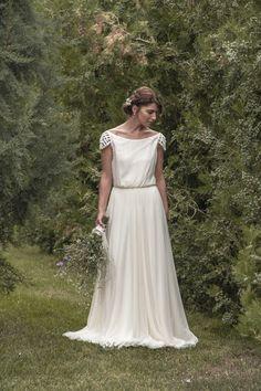 Maureen wedding dress in dotted tulle por MaudiKa en Etsy