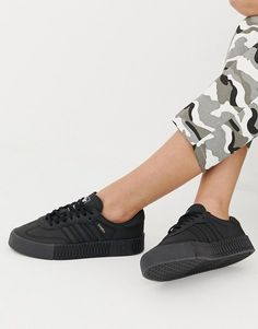 the best attitude 9ee60 2a274 adidas Originals Samba Rose Sneakers In Triple Black