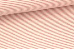 Hier haben wir einen schön weichen maritimen Seemannssweat mit schmalen Streifen für euch :) Hier in Rosa/Creme.  Ein Streifen ist ca. 0,2cm breit.   Der Stoff eignet sich hervorragend für...