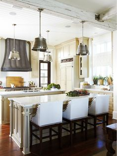 cabinet color and countertops