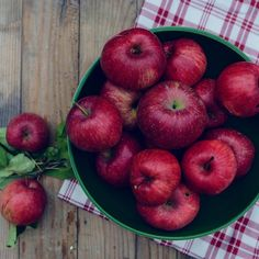 Setting the table for #breakfast with a few of our ruby red & deliciously crisp #homegrown #apples ... #feelslikefall