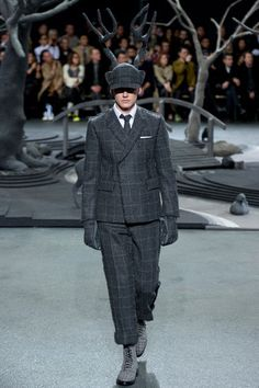 Thom Browne Fall 2014 Menswear Collection Slideshow on Style.com
